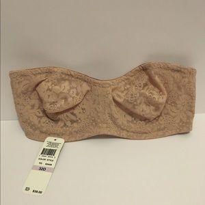 32D strapless bra Wacoal from Dillard's NWT